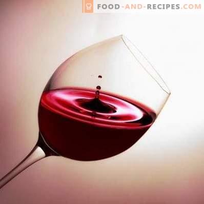 S tem, kar pijejo rdeče polsladko vino