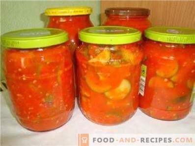 Squash in tomato sauce for the winter